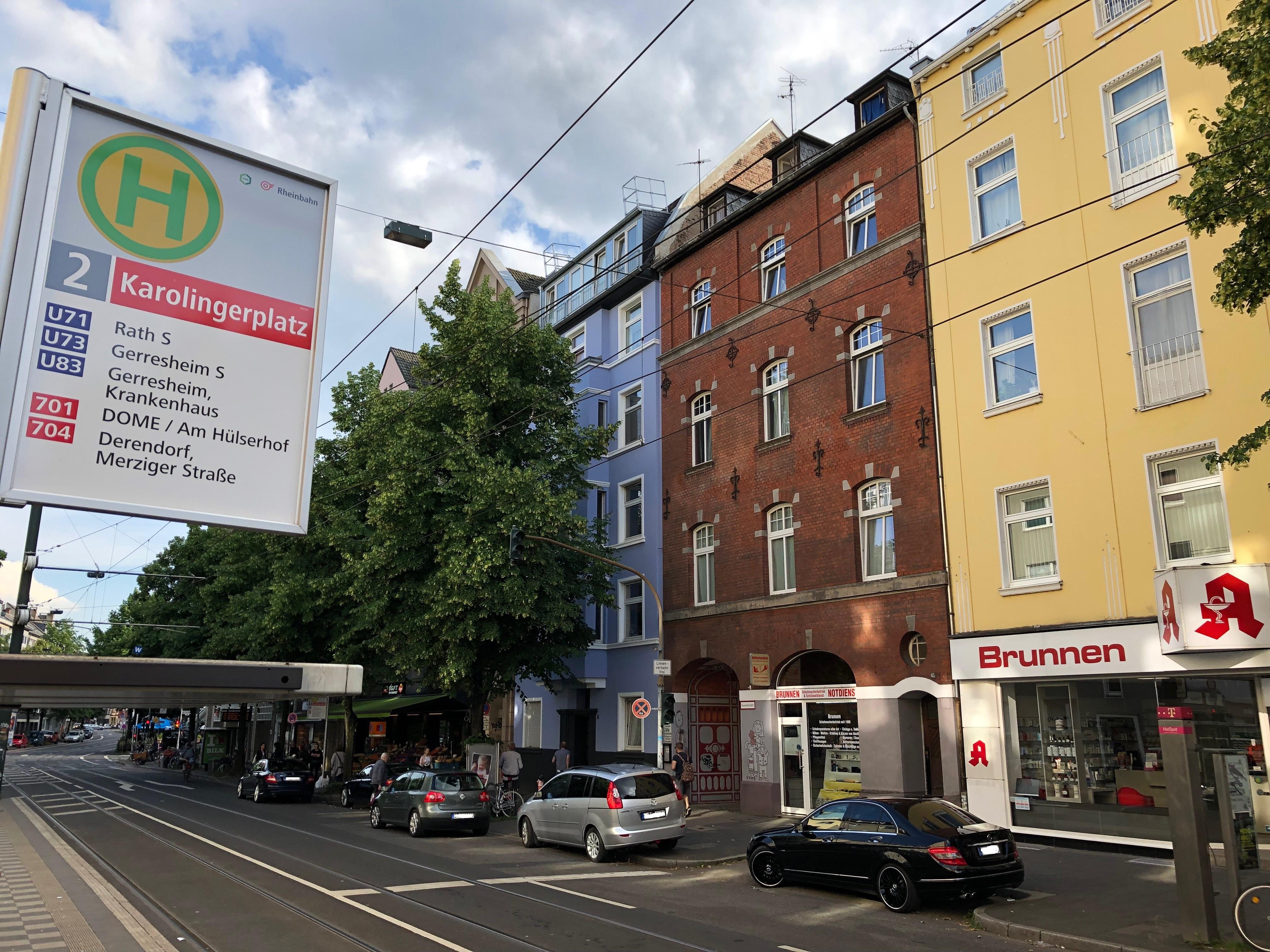 Antrag Umgestaltung Karolingerplatz: keine Baumfällungen für barrierefreien Umbau der Haltestellen!